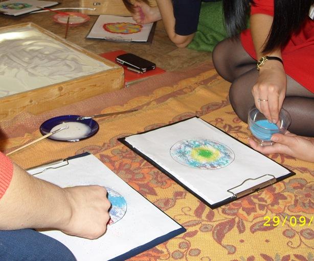 """Мастер-класс по рисованию песком для специалистов: """"Sand Art как метод консультирования и помощи"""""""